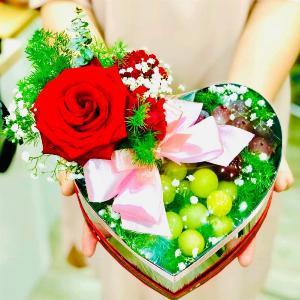 Hộp quà hoa trái cây tặng nàng - SH157