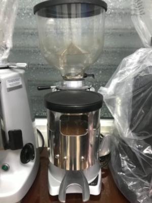 Bán máy xay cà phê cũ Fiorenzato F4