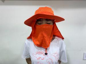 Xưởng may mũ tai bèo chống nắng có vải che gáy cổ và khẩu trang