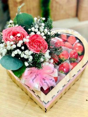 Hộp hoa và quà sinh nhật - SH161