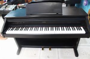 Piano KAWAI RT1