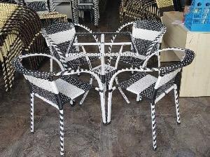 Bộ bàn ghế cafe mây nhựa cao cấp Ak009