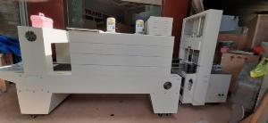Máy rút màng co lốc chai PE bán tự động, máy đóng gói màng co tấm gỗ