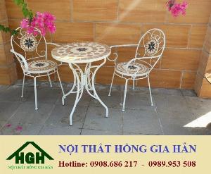 Bàn ghế cafe sân vườn hoa văn HGH909