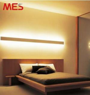 Đèn LED thanh ốp vách 2 mặt chiếu cho phòng ngủ siêu đẹp