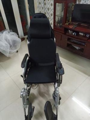 Cần thanh lý xe lăn điện CT CARE D303