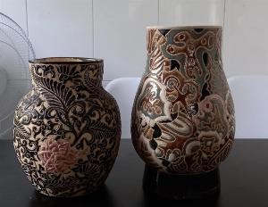 2 bình gốm Biên Hòa xưa