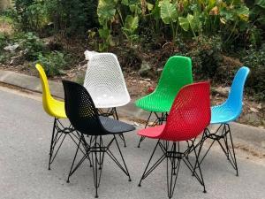Ghế nhựa đúc nhiều màu,mẫu mã đa dạng hòa hợp với mọi không gian