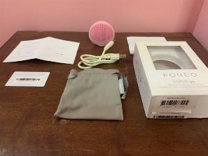 máy rửa mặt  FOREO Luna Go - Màu hồng