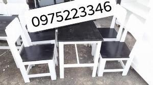 Bàn ghế gỗ cóc có lưng tựa sơn phối màu