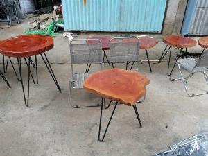 Bộ bàn ghế xếp bàn xẻ gỗ tự nhiên