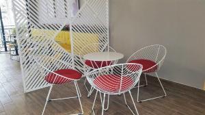 Bàn ghế sắt mỹ nghệ đẹp giá bán tại xưởng