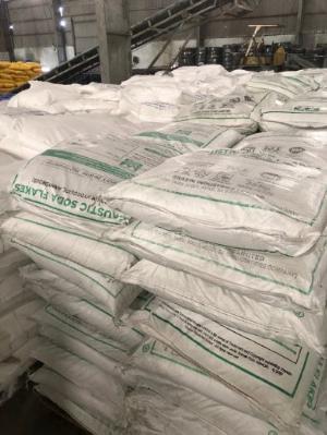 Na2SO4 99% Trung quốc Muối sulphate giá cạnh tranh giao hàng tại Miền Nam