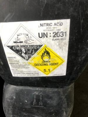 Nitric Acid HNO3 hóa chất đa dụng giá tốt giao hàng tại kho Miền Nam