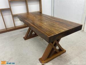 Bàn gỗ me tây nguyên tấm dài 1,8m rộng 75cm dày 10cm