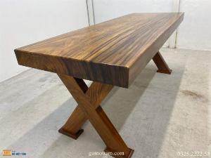 Bàn gỗ tự nhiên nguyên tấm dài 1,97m rộng 72cm dày 10cm