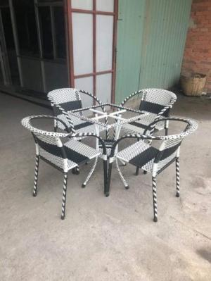 Bộ bàn ghế mây nhựa giá rẻ Ak