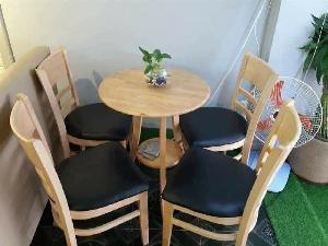 Bộ bàn ghế gỗ quán ăn cafe mẫu hiện đại