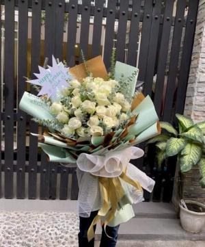 Bó hoa hồng tone xanh chúc mừng sinh nhật - LDNK25
