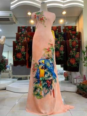 Vải nhung nhật đính đá chú chim két dễ thương độc đáo của vải áo dài Kim Ngọc