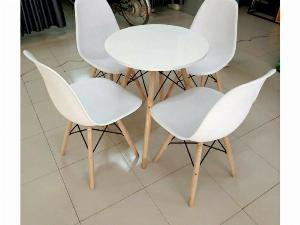 Bộ bàn ghế nhựa chân gỗ cao cấp