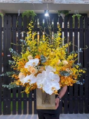 Hộp hoa tươi chúc mừng sinh nhật may mắn - LDNK48