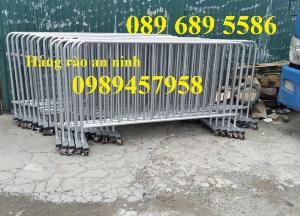 Sản xuất hàng rào di động khoanh khu vực cách ly Covid 1mx2m, 1,2mx2m và 1,5mx2m