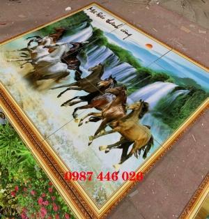 Tranh gạch men bát mã, tranh ngựa mã đáo thành công HP751