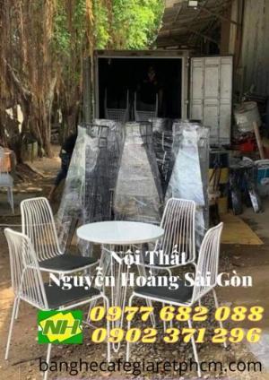 Bàn ghế sắt nệm Sơn trắng giá rẻ