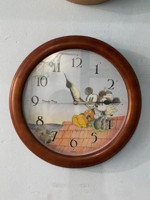 Đồng hồ treo tường Mickey cho phòng bé hàng nội địa nhật