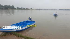 Thuyền composite chở 4-6 người - kèm áo phao cứu sinh