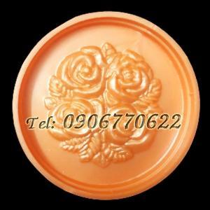 Khuôn nhận xôi - Khuôn trung thu tròn 4 hoa hồng chùm kèm lá - Mã số 64 - Loại 250 gram
