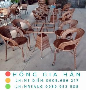 Bộ bàn ghế mây nhựa Hồng Gia Hân BGM17