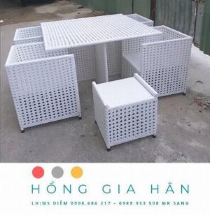 Bộ bàn ghế mây nhựa Hồng Gia Hân BGM39