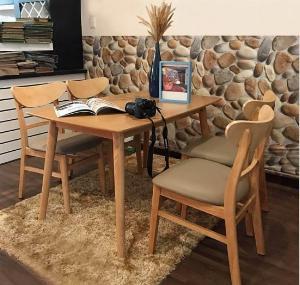 Bộ bàn ghế ăn mango 4 ghế 1 bàn giá rẻ tphcm