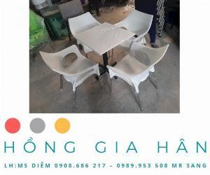Bộ bàn ghế Nữ Hoàng Hồng Gia Hân BGN11