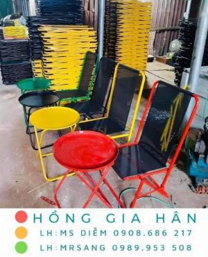 Bộ bàn ghế Cafe xếp gọn lưng lưới nghệ thuật Hồng Gia Hân BGS23