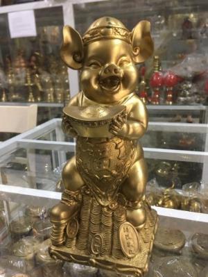 Tượng Heo Phong Thủy Ôm Thỏi Vàng,bằng đồng Cao 33cm Hàng Chính Hãng