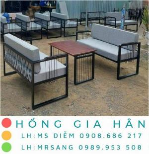 Bàn ghế cafe giá rẻ Hồng Gia Hân BGS29