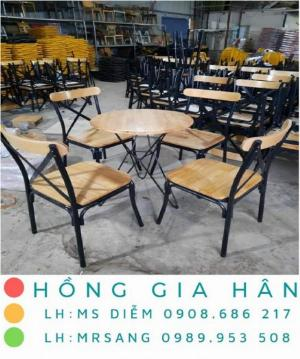 Bàn ghế cafe giá rẻ Hồng Gia Hân BGS33