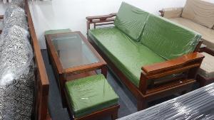 Ghế sofa gỗ hiện đaị cho phòng khách tại Phú Giáo, Bình Dương