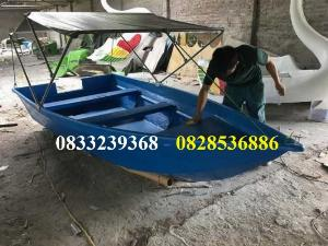Thuyền đi sông 2-3 người có mái che nắng mưa tặng kèm áo phao cứu sinh