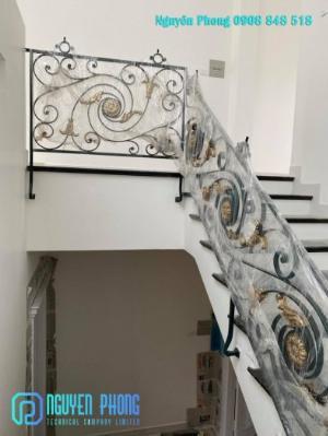 Cầu thang bộ, cầu thang sắt, cầu thang sắt uốn