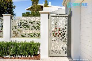 Hàng rào hoa văn CNC hoa văn hiện đại sang trọng, hàng rào sắt uốn cổ điển bảo vệ sân vườn