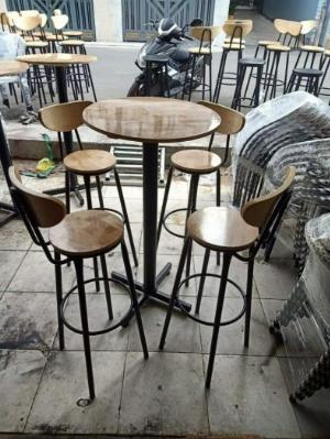 Bộ bàn ghế quầy bar cao ( 4 ghế +1 bàn )