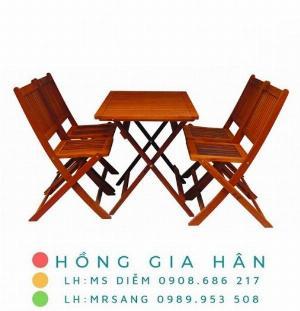 Bàn ghế cafe gỗ giá rẻ Hồng Gia Hân C115
