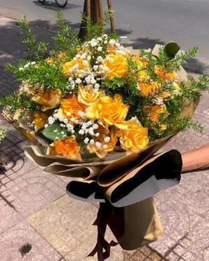 Bó hoa hồng vàng chúc mừng ngày 8/3 - LDNK112