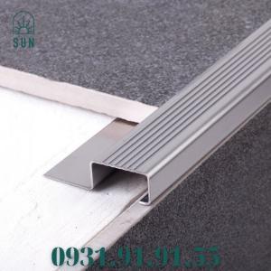 Nẹp mũi bậc cầu thang bằng inox 304 - Nẹp mũi bậc cầu thang - Nẹp kết thúc bậc cầu thang bằng inox