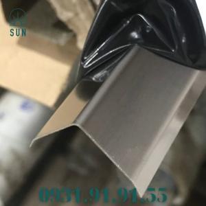 2021-07-24 11:11:13  2  Nẹp inox chữ V - Nẹp V inox vàng gương - Nẹp V50 inox bóng - Nẹp V20 inox trắng xướng 150,000