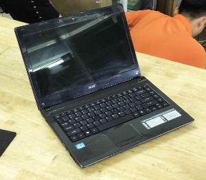 Laptop Acer Aspire 4752 Core i3-2370M Ram 4GB HDD 320GB VGA ON Màn Hình 14 Inch Máy Đẹp